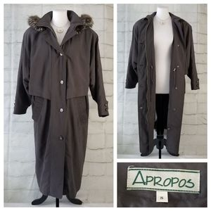 Vintage 8 Trench Coat Fur Trim & Removable Lining